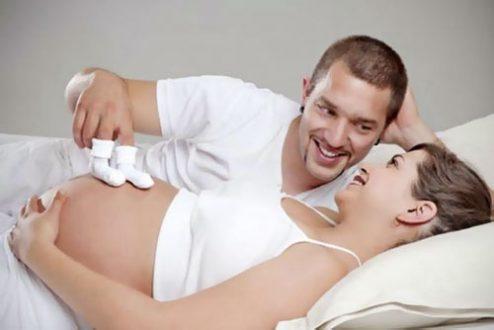 Có thai có nên quan hệ không? Lợi và hại khi quan hệ lúc mang thai